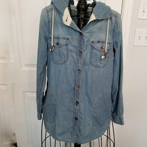 Anthropologie holding horses chambray top